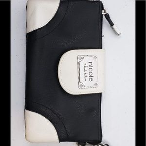 Nicole Miller Purse Wallet Black and White
